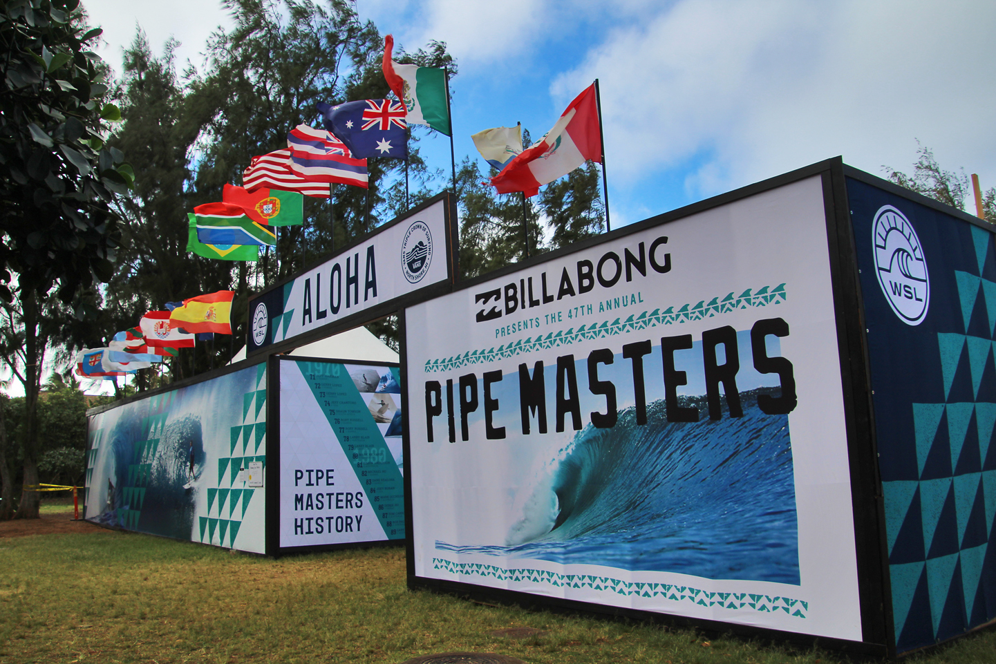 Billibong Pipe Masters at Ehukai Beach Park